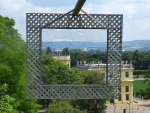 """Der """"Rahmenbau"""" vom Künstlerkollektiv Haus-Rucker-Co"""